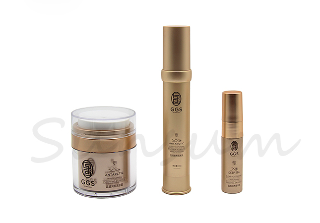 Set Elegant Cosmetic Lotion Skin Care Thin Golden Color Cream Bottle