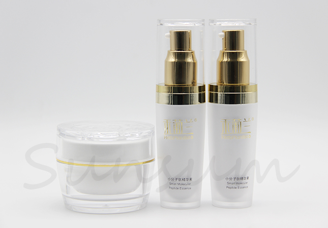 Luxurious Acrylic Cosmetic Double Wall Jar Lotion Cosmetic Golden Pump Bottle