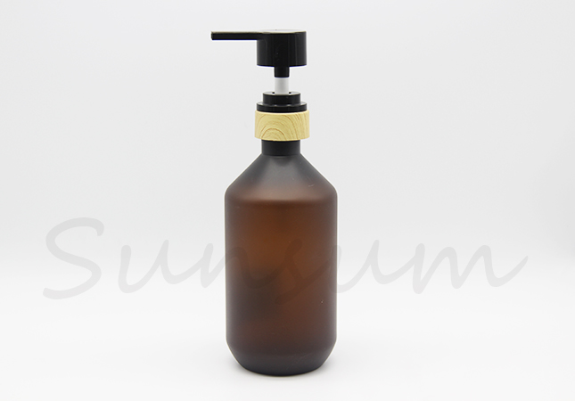 Different Shape Empty Cosmetic Shampoo Amber Packaging Lotion Wood Pump Bottle