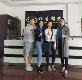 Welcome Philippine customer to visit our factory